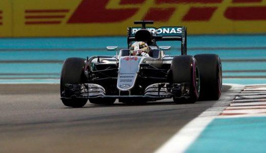 Pole para Lewis Hamilton.